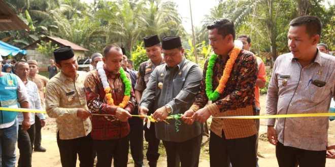 Bupati Labura: 2020 Seluruh Dusun Sudah Teraliri Listrik