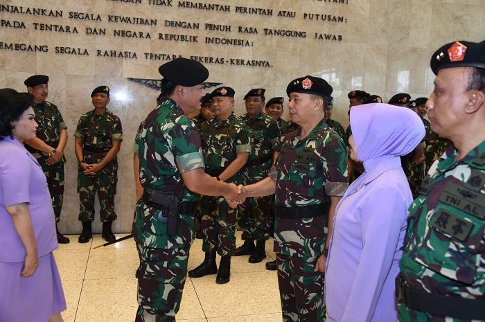 Panglima TNI Terima Laporan Kenaikan Pangkat 15 Perwira Tinggi
