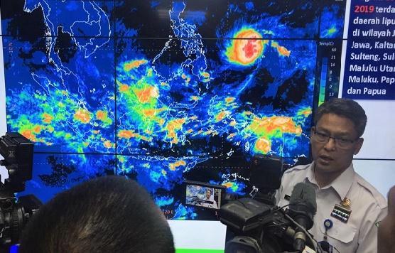 BMKG Himbau Warga Waspada Cuaca Ekstrem di Sumut Selama Libur Nataru