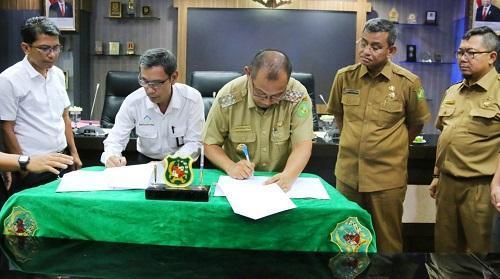 Pemko Medan Teken MoU Serah Terima Waduk Martubung dari Perumnas Regional I Sumut