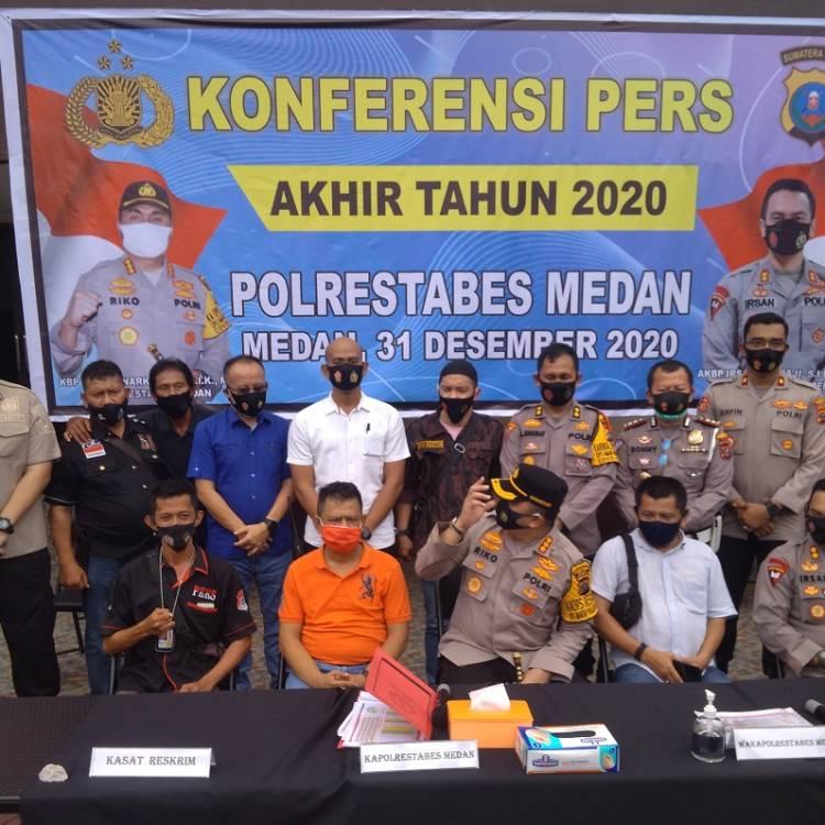 Kapolrestabes Medan Pimpin Konferensi Pers Akhir Tahun, Ada 10 Kasus Menonjol, Pembunuhan Hakim PN Medan Berhasil Diungkap