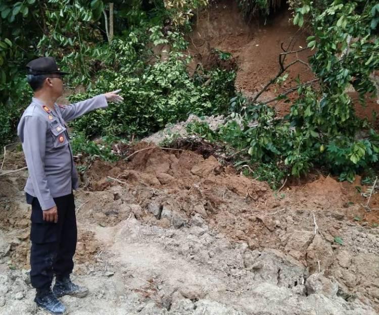 2 Rumah dan 3 Ruas Jalan Tertimbun Longsor di Kecamatan Biru-Biru