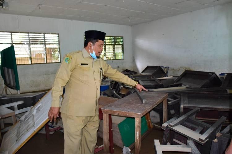 Pasca Banjir di Kota Tebing Tinggi, Kakankemenag Tinjau Gedung MTsN