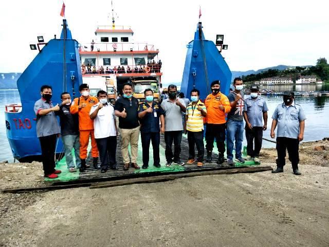 Usai Docking, Kapal Ferry Tao Toba II Kembali Berlayar Sebrangi Danau Toba