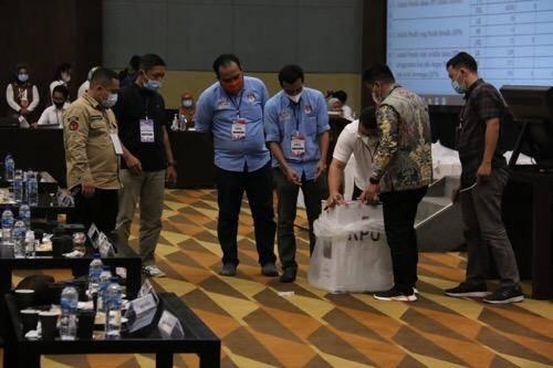 Hari Ini Rapat Pleno Rekapitulasi Hasil Perhitungan Suara dan Penetapan Hasil Pilkada Kota Medan