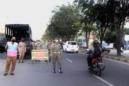 Tim Satgas Covid-19 Medan Awasi Penerapan Prokes di Kawasan Jalan Gagak Hitam Ringroad