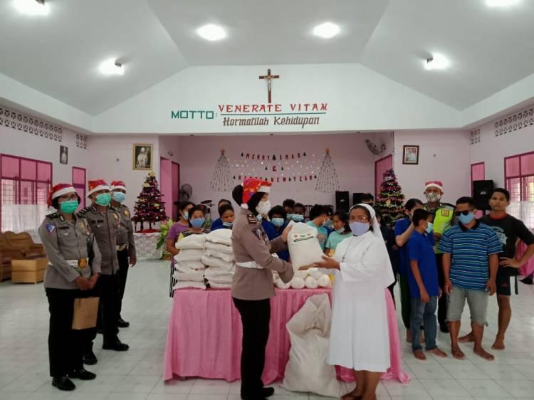 Satlantas Polrestabes Medan Berbagi Kasih ke Panti Asuhan Bait Allah