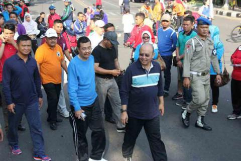 Bupati Nisel Hadiri Car Free Day di Medan