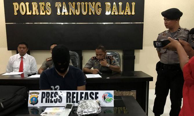 Polres Tanjung Balai Gagalkan Penyelundupan Sabu Oleh TKI