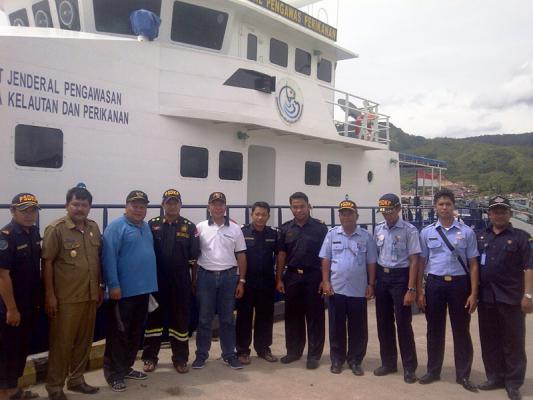 Awasi Pukat Trawl, Tiga Kapal Pengawas Disiagakan di Pantai Barat Sumatera