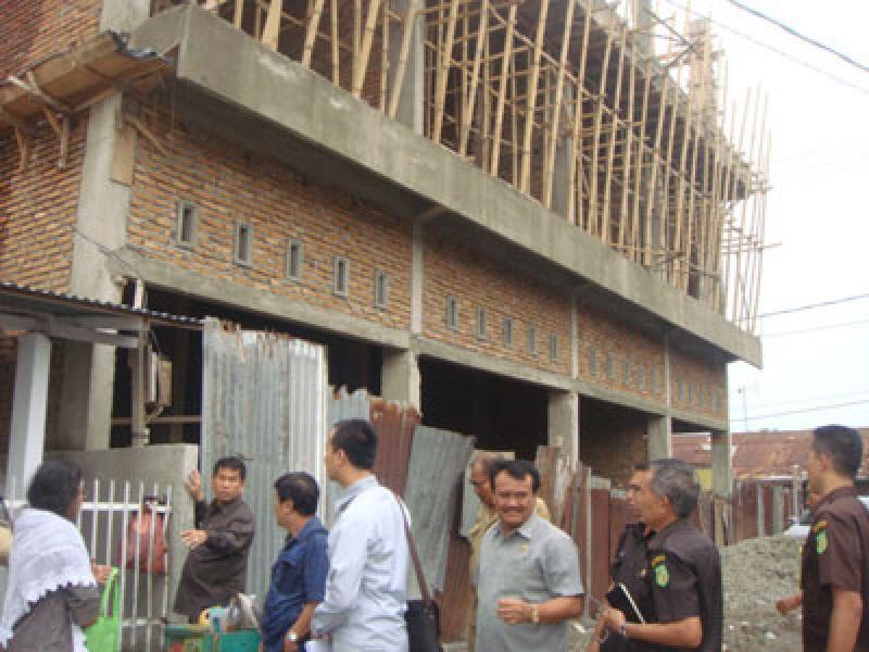 Bangunan Tanpa Izin Menjamur Bukti Lemahnya Kinerja Dinas TRTB Medan