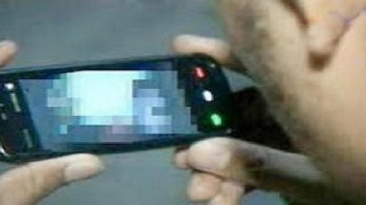 Rekayasa Kasus, Istri Kirim Foto Vulgar dari Ponsel Kepada Suaminya
