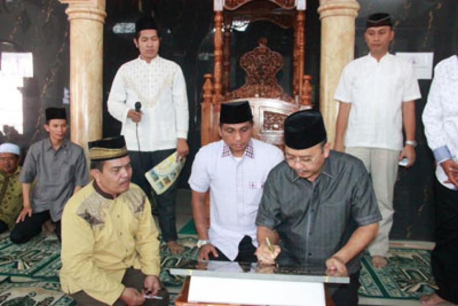 Plt Wali Kota Medan Resmikan Masjid Masiah Al Ikhlas Ngumban Surbakti