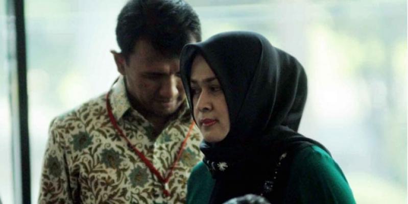 KPK Tetapkan Gubernur Sumut dan Istri Mudanya Tersangka
