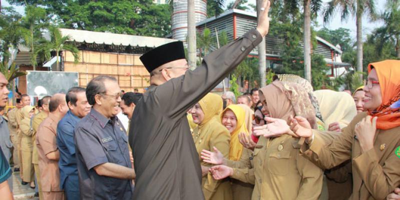 Wali Kota Medan Dzulmi Eldin Pimpin Apel Terakhir