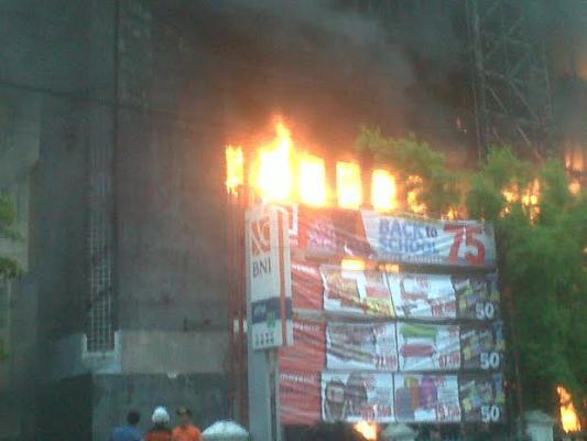 Terkait Kebakaran, Pedagang Dorong DPRD Medan Bentuk Pansus Aksara