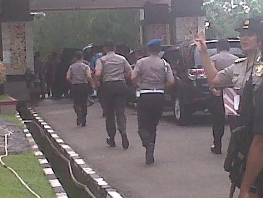 Tiba di Poldasu, Kapolri Tito Karnavian Langsung Menuju Ruang Rapat