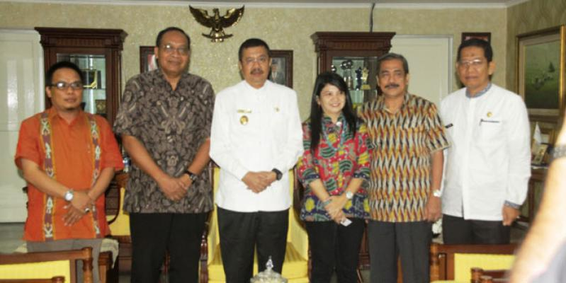 Plt Gubernur Sumut Minta UGM Bangun Desa Binaan Pengungsi Sinabung