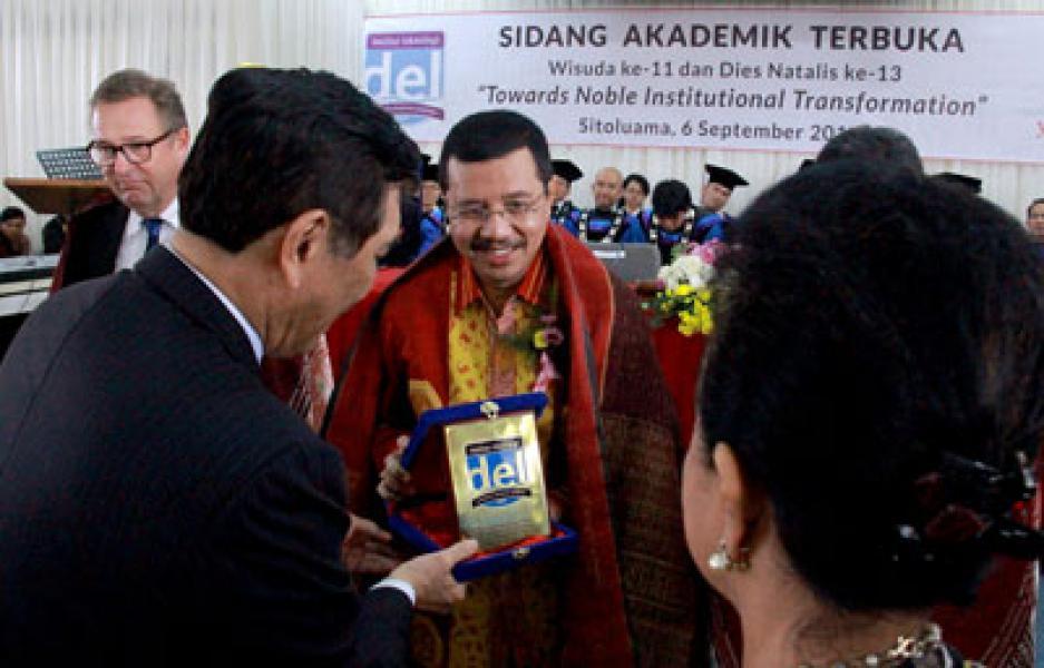 86 Mahasiswa Lulusan IT Del Diwisuda