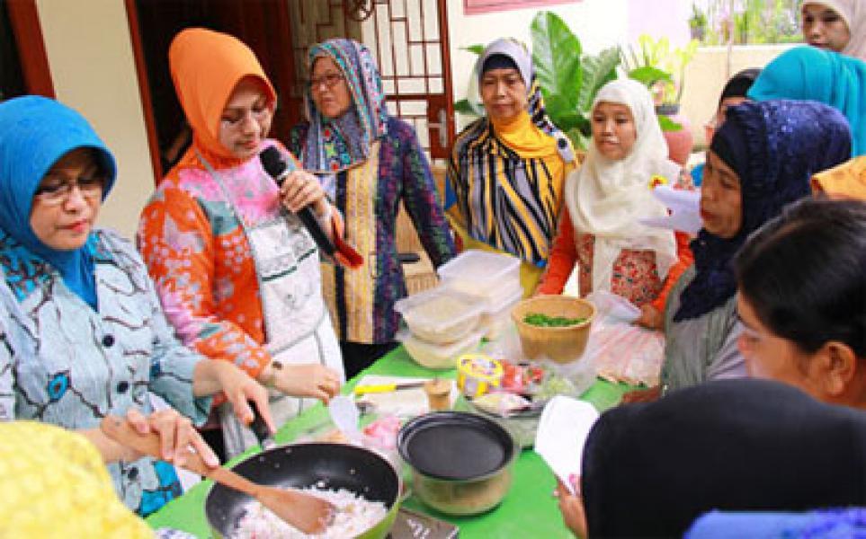 Istri Walikota Ajak Masyarakat Binjai Memasak Makanan Bebas Bahan Kimia