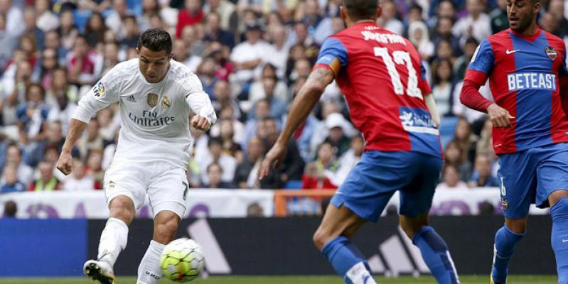 Madrid Bantai Levante, Ronaldo Pencetak Gol Terbanyak