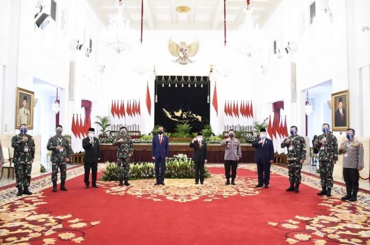 180 Pati TNI-Polri Terima Arahan Presiden Jokowi