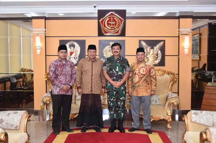 Panglima TNI Terima Panitia Haul Al Marhumin