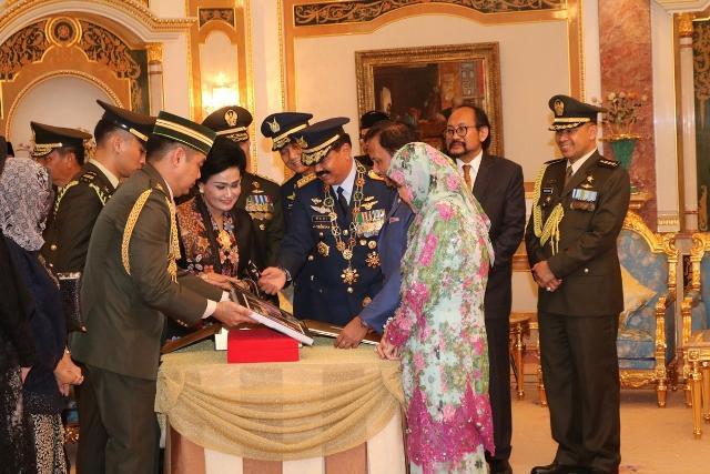 Panglima TNI Laksanakan Kunjungan Kehormatan Kepada Sultan Brunei Darussalam
