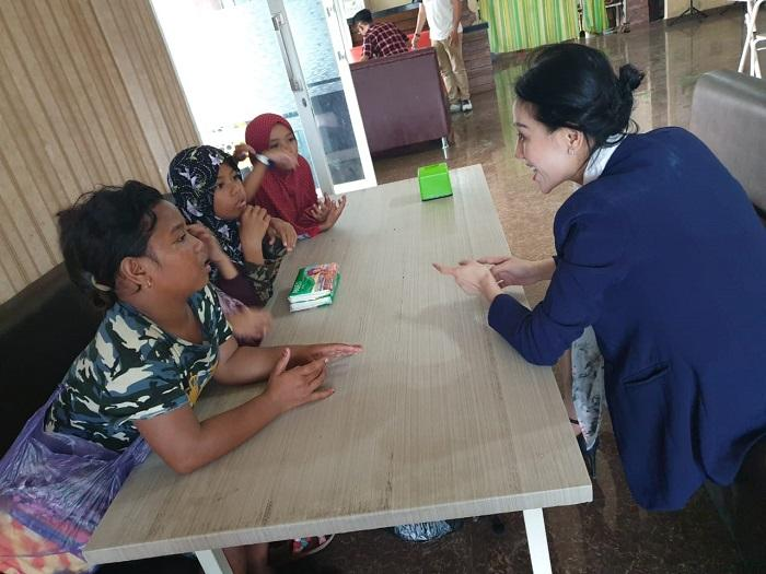 Baby Gladys Duta Perlindungan Anak dan Pemberdayaan Perempuan Provinsi Sulawesi