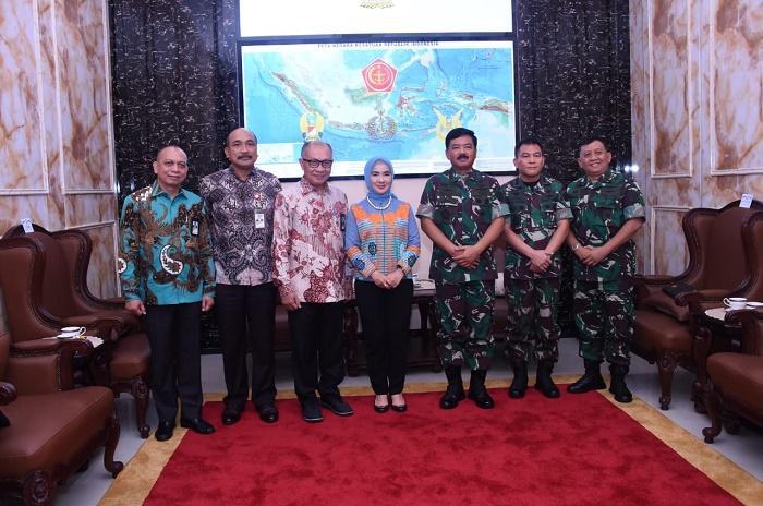 Panglima TNI Terima Dirut PT Pertamina