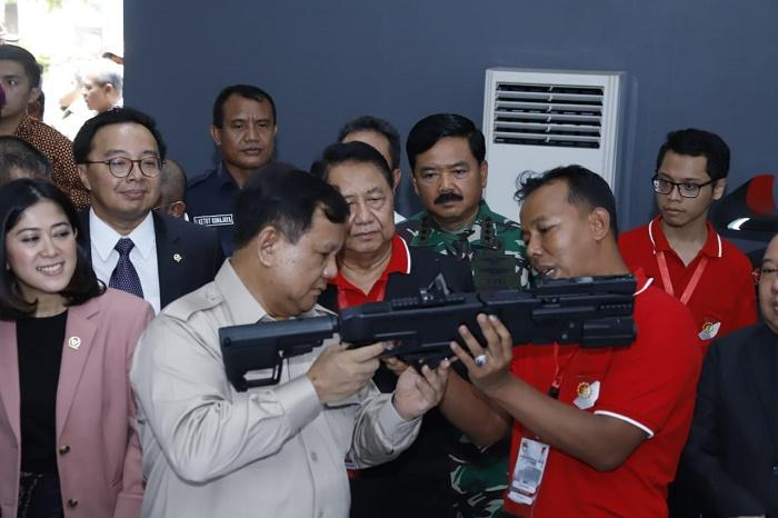 Bersama Menhan Prabowo Subianto, Panglima TNI Hadiri Pameran Industri Alpalhankam Dalam Negeri